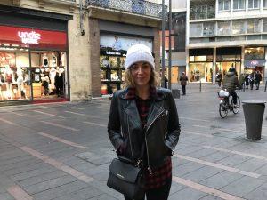 Elise s'exprime sur les nouvelles mesures anti-pollution appliquées dans Toulouse.