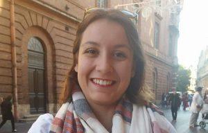 Mathilde, 20 ans, étudiante en commerce, répond aux questions sur les révélations génantes de Rachel Garrido et d'Alexis Corbière