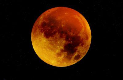 Une « super lune bleue de sang » visible dans le ciel le 31 janvier