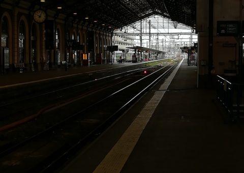 Aux prémices de la grève, les usagers sont-ils derrière les grévistes de la SNCF ?