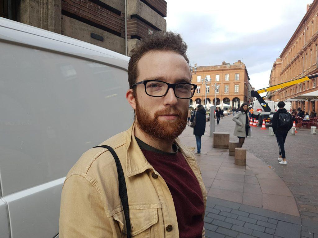 Quentin, 22 ans et étudiant en marketing explique son point de vue concernant le renforcement de sécurité devant les églises pendant pâques.