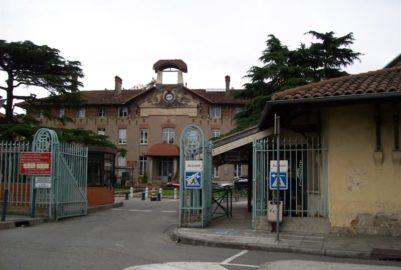 Hôpitaux sous tension : et si c'était la faute des patients?