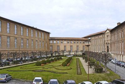 Bizutage : Fracture ouverte au CHU de Toulouse