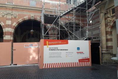 Handicap : la Mairie de Toulouse installe un nouvel ascenseur