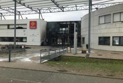 Blagnac : le lycée Saint-Exupéry prend feu
