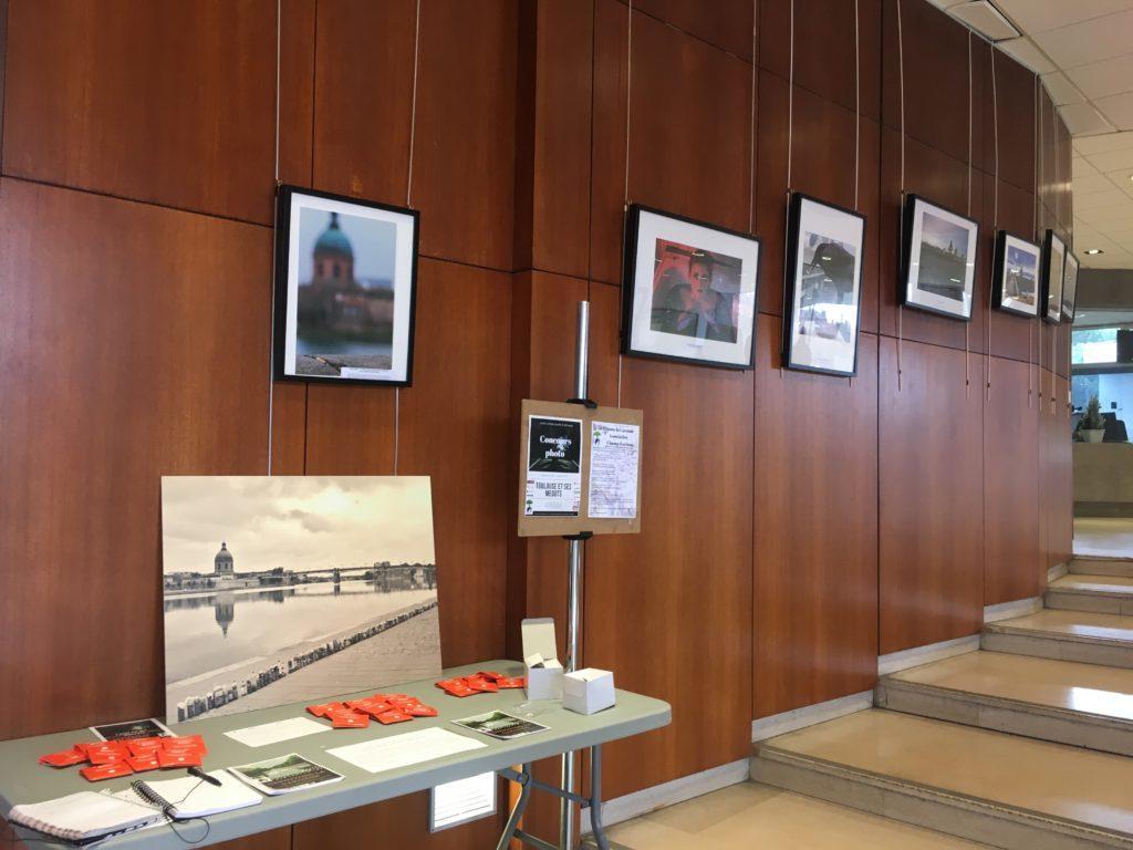 """Une partie de l'exposition """" Toulouse et ses mégots"""" installées a l'Université Toulouse Capitole 1.<br /> © Sarah Gilot"""