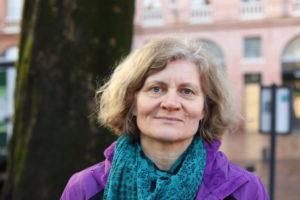 Pétronille, 52 ans, éducatrice de jeunes enfants