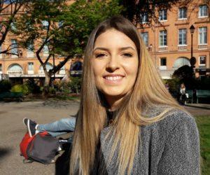 Coralie, 19 ans, étudiante