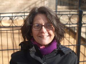 Chantal,58 ans, Auxiliaire de puériculture