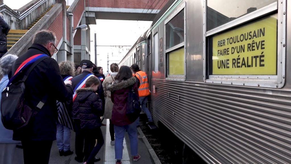 250 citoyens ont pu participer au test du RER Toulousain.