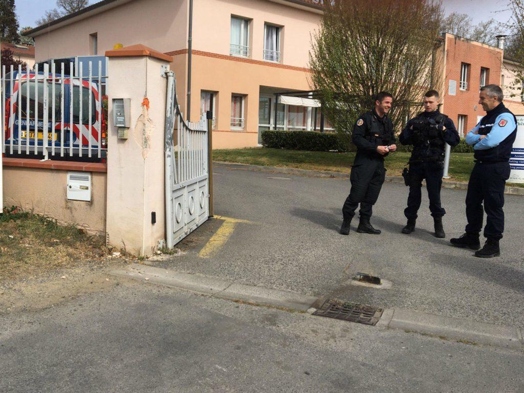 Cinq pensionnaires de la maison de l'Ehpad de Lherm, en Haute-Garonne, sont décédés dans la nuit de dimanche à lundi. Il s'agirait d'une intoxication alimentaire.