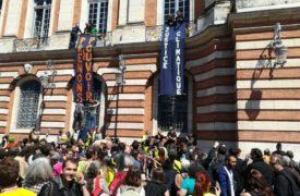 Rassemblement à Toulouse : la mairie prise d'assaut