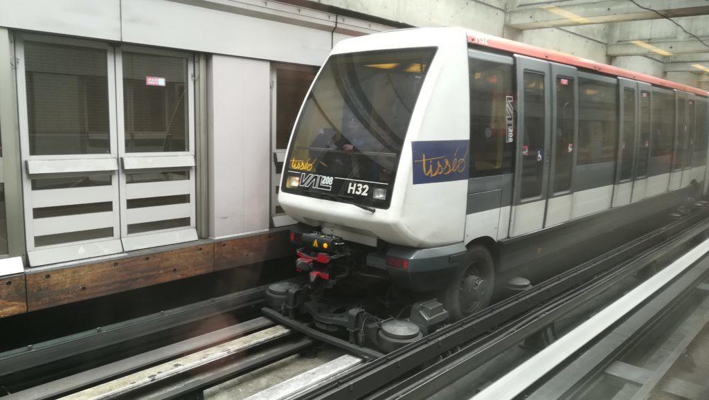 La troisième ligne de métro ira de Labège à Calomiers.