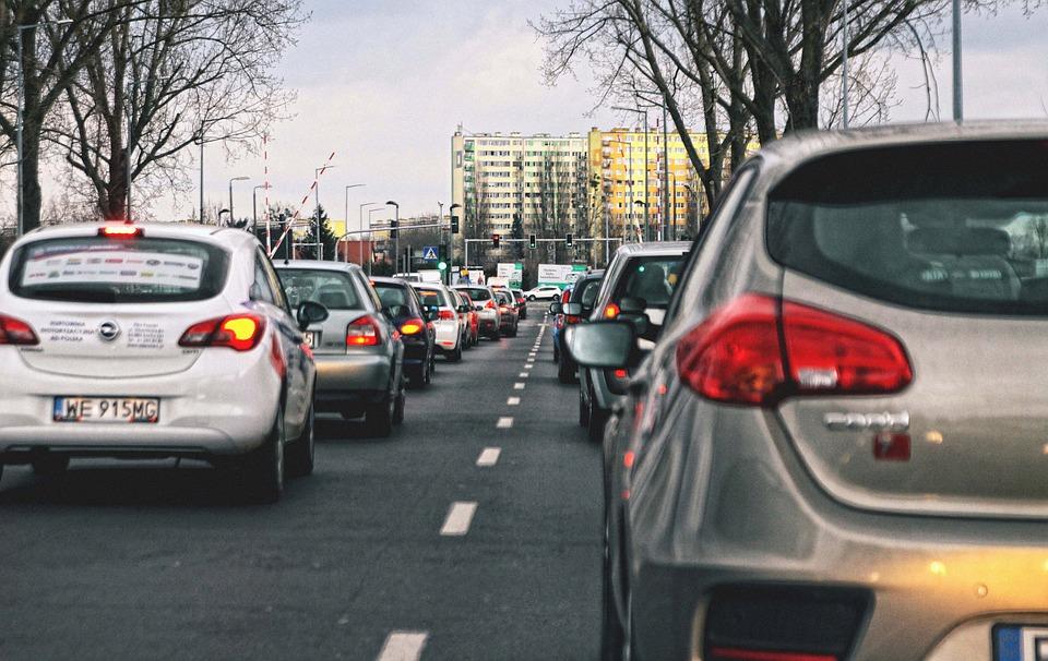 Le Boulevard Urbain Nord devait faciliter la circulation dans le nord toulousain. Crédit : jwvein © CC0 / Pixabay