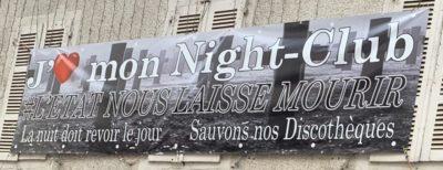 Banderole affichée sur le mur de la Rue Valéry Meunier a Pau, le 24 septembre (credit: Carine Le Garreres)