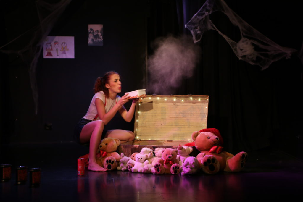 Tabatha Duval lors d'une représentation du spectacle de danse Le Grenier Magique en 2019