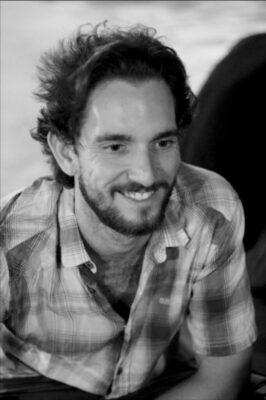 Clément Gautier, lors de sa mission humanitaire à Samos , été 2020. Courtoisie de Louise Requinⓒ